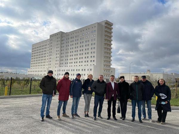 00-Новый мед-центр в Симферополн