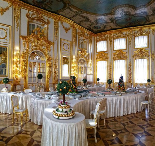 царский стол-
