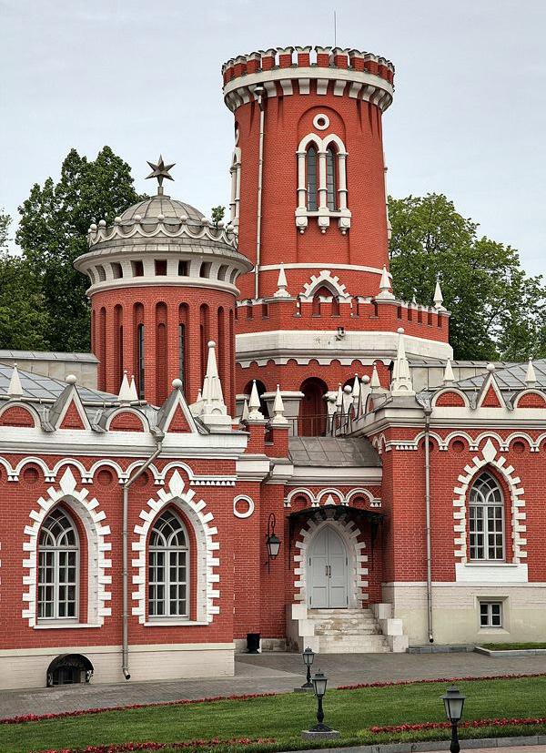 Петровский путевой дворец4