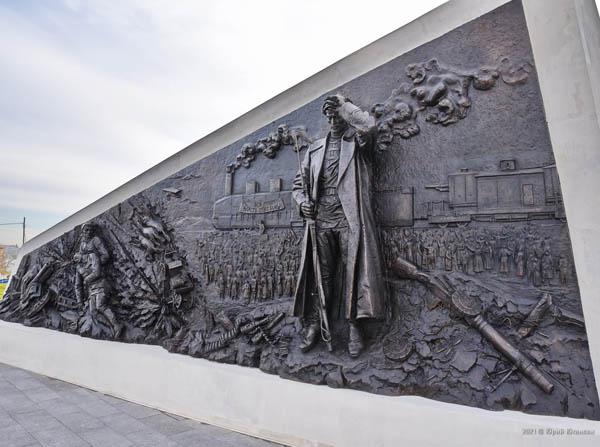 исход-памятник-2