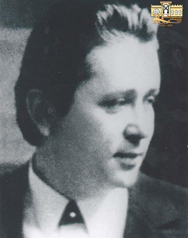 Сухин Аскольд Аврамович (1941-1994).