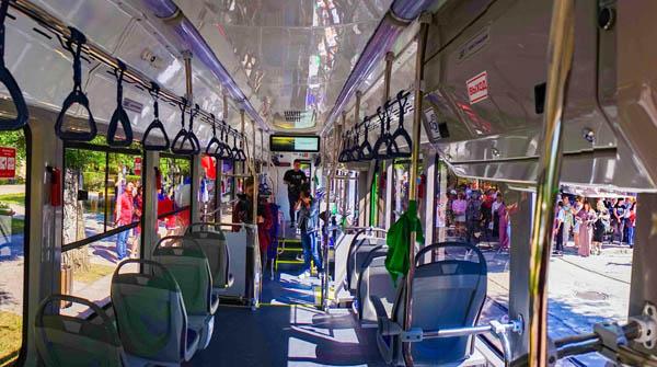 трамвай-