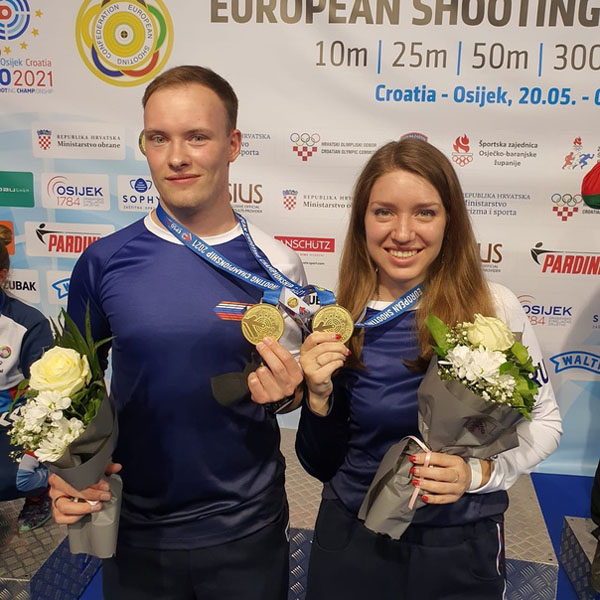Виталина Бацарашкина с Артёмом Черноусовым