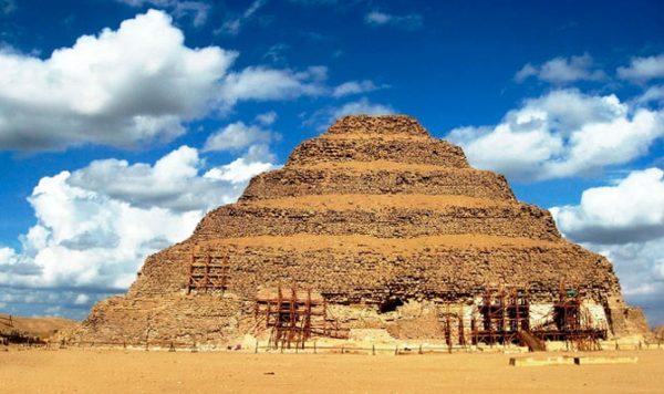 1. Пирамида Джосера