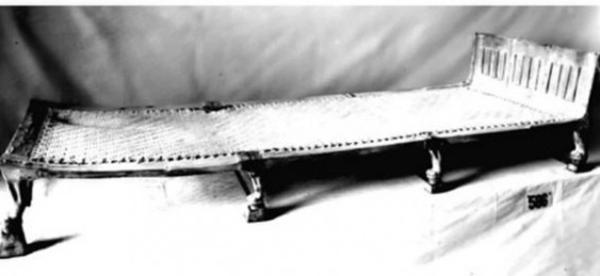 тутанхамона-поход-кровать