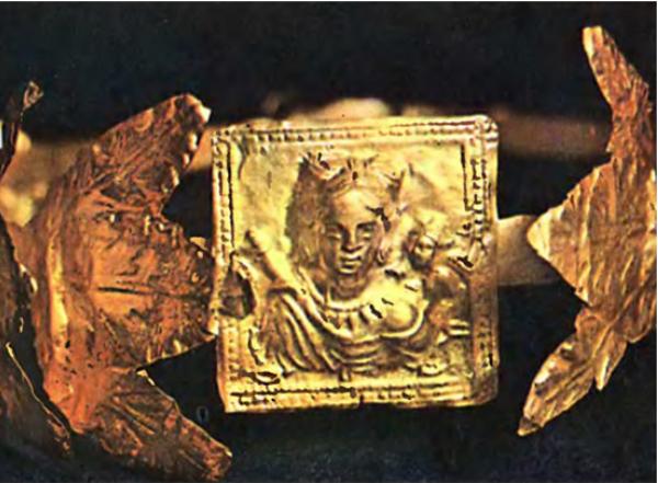 золотой венок с Афродитой