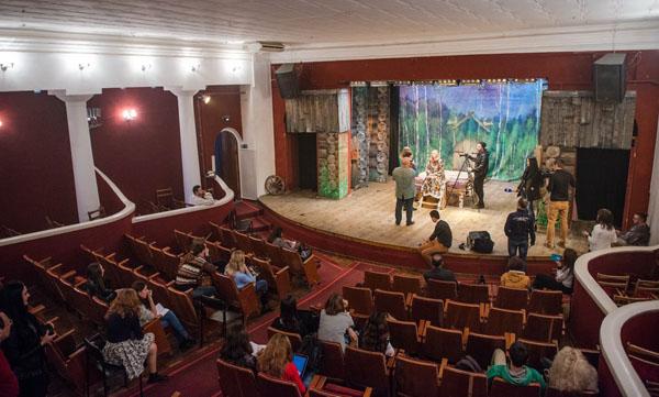 театр тюз
